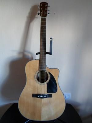 Guitarra acústica Fender (made in Indonesia)
