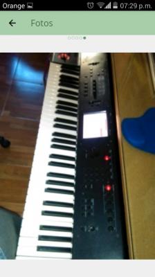 KORG M50 61 Teclas.