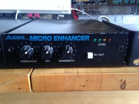 Alesis Micro Enhancer / Exciter Efecto Stereo