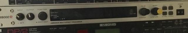Multiefectos AM8000 KORG