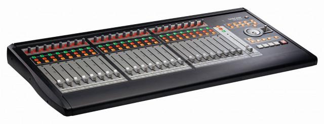 Superficie de control Tascam US 2400 también cambio