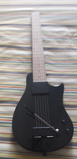 YOU ROCK GUITAR GEN 2 GUITARRA DIGITAL   YRG 2