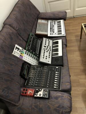 Vendo moog /Roland /Perdales etc