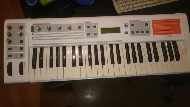 Cambio M-Audio venom