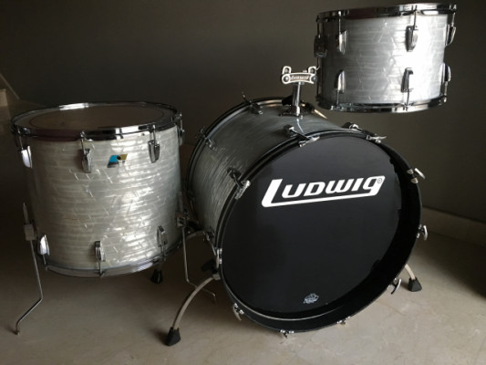 Ludwig 952 with 560 concerts 1970s Marine pearl