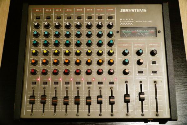 Mesa de sonido JB SYSTEMS de ocho canales