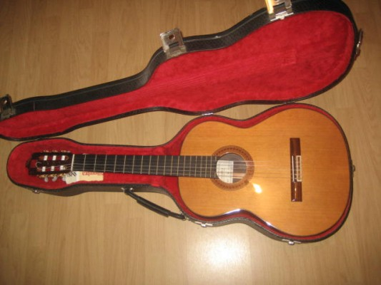 Guitarra clásica Alhambra 6P + funda