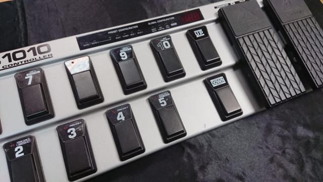 Fractal Axe Fx Ultra más pedalera fcb 1010 con chip uno
