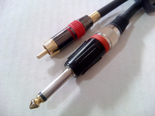 CABLE RCA A JACK 6,35 MM DE 1,5 MTRS Profesional
