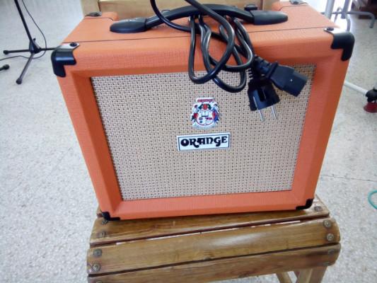 Orange Crush 20 + guitarra Vantage 518FT