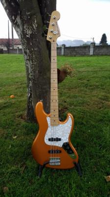 Allparts Jazz Bass