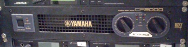 Etapa de potencia YAMAHA CP2000 (1/2)