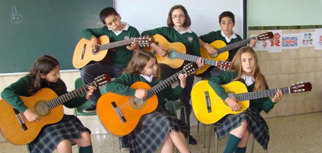 Clases de Guitarra para niños en Cornellà, Barcelona