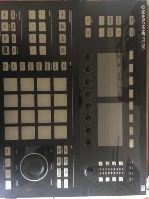 Maschine studio mk2 negra