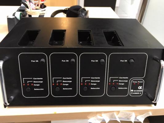 Cargador cuádruple baterías NP-1