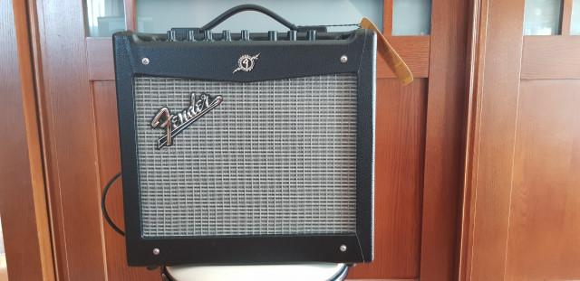Vendo Fender Mustang I v.2