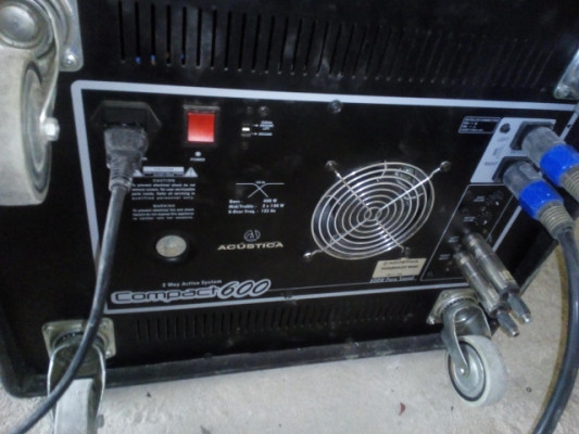 Vendo: sub triamplificado Acústica 600