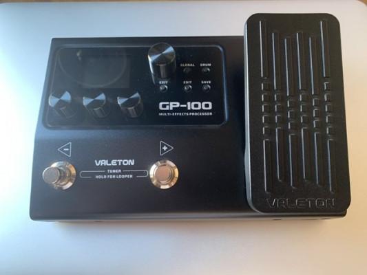 Multiefectos para guitarra y bajo Valeton Gp100.