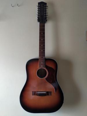 Guitarra acústica 12 cuerdas vintage (años 60)