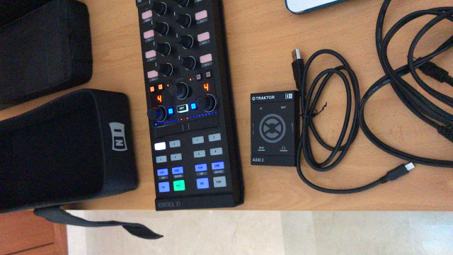 Traktor X1 + Funda original + Audio 2