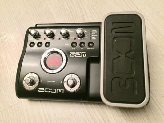 Vendo o Cambio: Zoom G2.1U