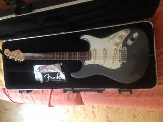 Cambio Stratocaster USA 2012 por Gibson Les Paul