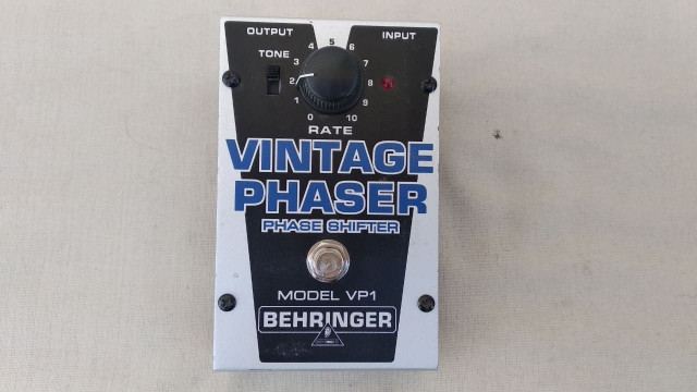 Behringer VP-1  Vintage Phaser