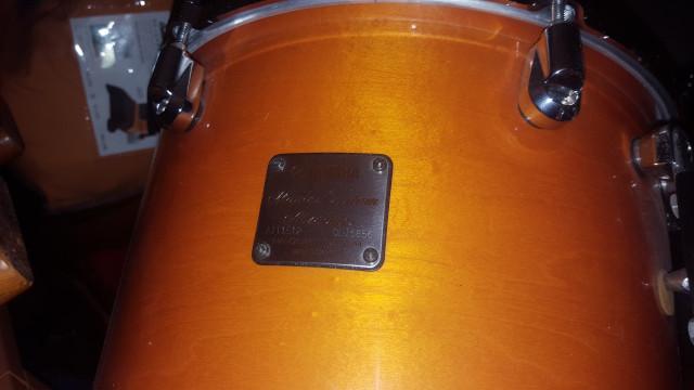 Batería Yamaha maple custom absolute por Gibson