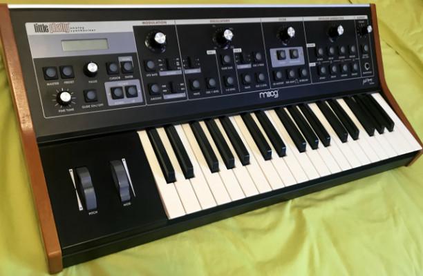 o cambio Moog Little Phatty (Bob Moog Tribute Edition)