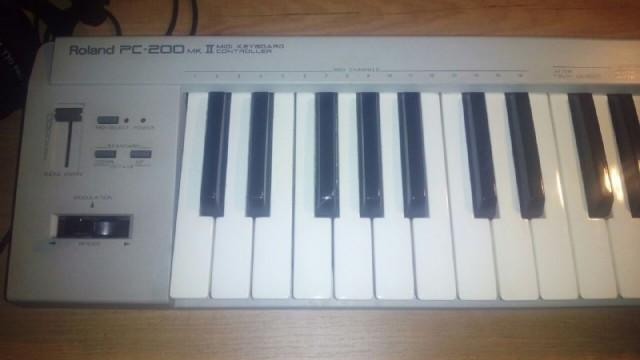 teclado controlador roland PC 200 mkll