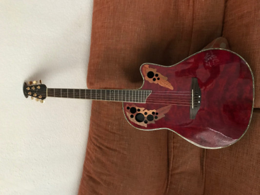 Guitarra electro-acustica Ovation Celebrity