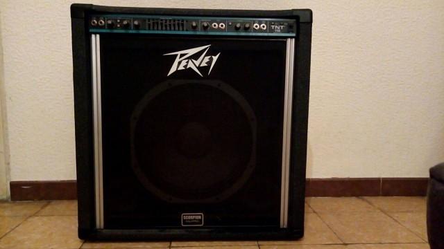 Vendo o cambio Peavey TNT 115 Usa años 80 .