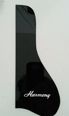 Se fabrican golpeadores para guitarras acusticas vintage:Kay,Silvertone,Harmony