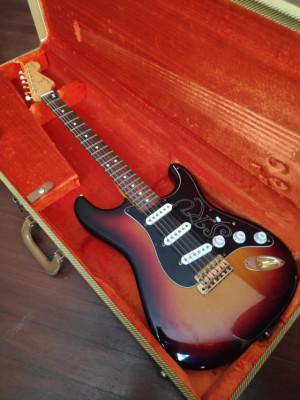 Vendo: Fender Stratocaster SRV
