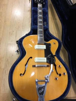 Guitarra Guild X-175 b
