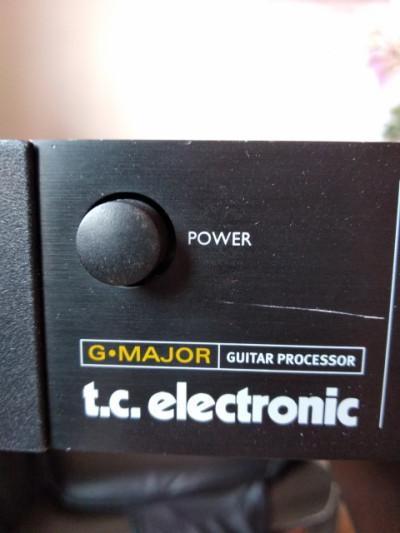 "TC Electronic ""G Major"" multiefectos"