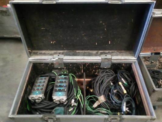 Flycase con cables