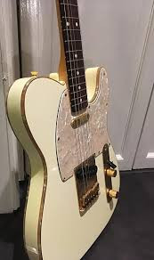 "Telecaster Made in Japan  Serie Limitada ""50 Anniversary"" de color Ivory"