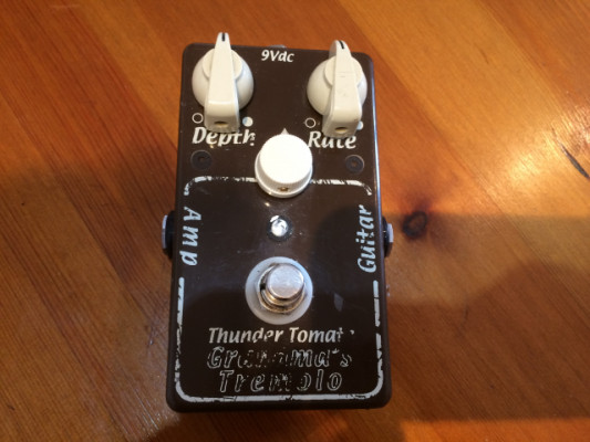 Thundertomate Grandma's Tremolo Master Volume