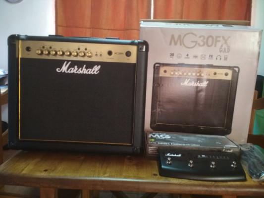 Amplificador Marshall MG 30 FX