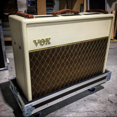 REBAJA TEMPORAL VOX AC30H2 serie limitada 50 aniversario