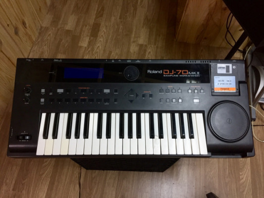 Piano Roland Dj 70 Mk II