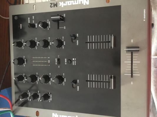 NUMARK M2 - mesa de mezclas 2 canales