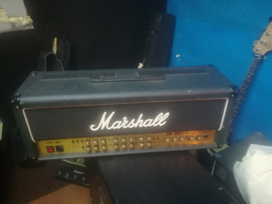 Vendo Marshall Jcm2000 TSL100 + pantalla Harley Benton 412 mejorada