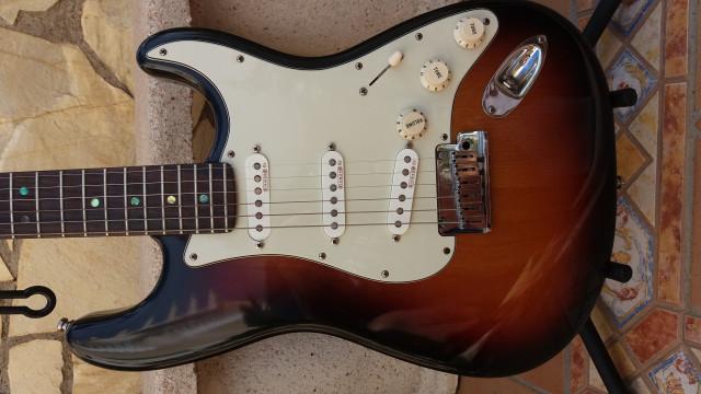 Fender Stratocaster American Deluxe por Les Paul