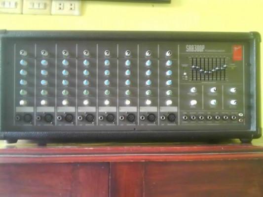 Mezclador amplificador Fender SR8300P