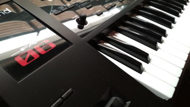 Teclado sintetizador Roland FA06