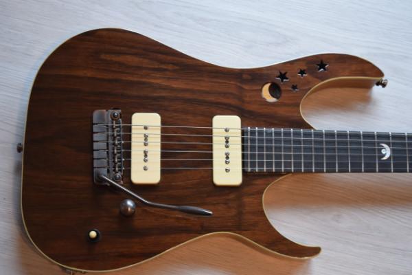 Guitarra Gastanaduy Modelo L