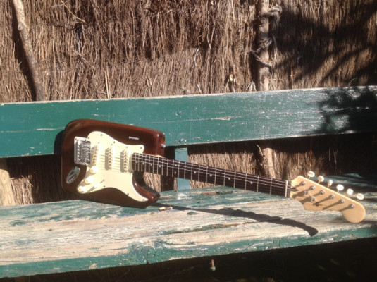 Guitarra eléctrica Stratocaster