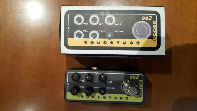 Mooer Micro PreAMP 002 UK Gold 900